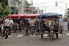 Transportistas protestan contra concejo provincial