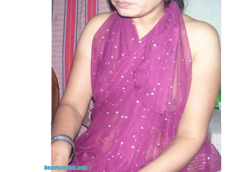 Hot Transparent Saree Desi Aunty