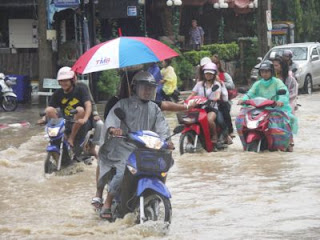 Flood in Patong, Phuket 28th August 2008