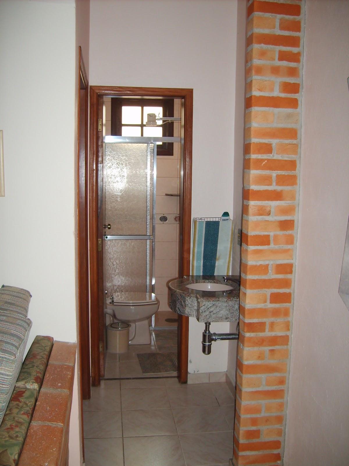 Imagens de #A85023  lateral para o quarto do piso térreo da casa (vista para o banheiro 1200x1600 px 2906 Box Banheiro Guaratuba