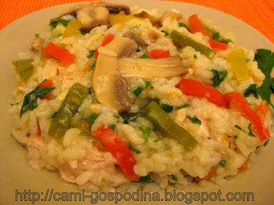 pilaf orez sarbesc cu pui