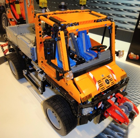 boris bricks lego technic 8110 unimog u400. Black Bedroom Furniture Sets. Home Design Ideas