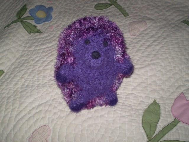 Huggable Hedgehog Knitting Pattern : Mummble-Jummble2: Hedgehog Is Finished