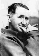 Bertolt Brecht: foi um destacado dramaturgo, poeta e encenador alemão do século XX.