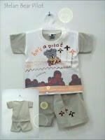 busana bayi motif bear pilot