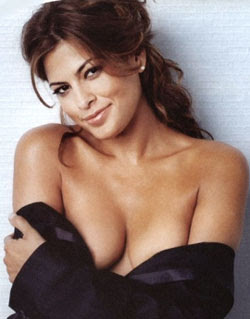 Eva Mendes likes to show her Twin Assets