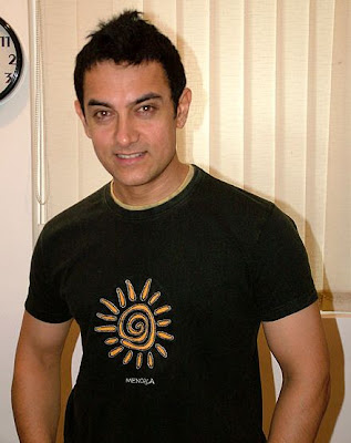 Aamir shares teaching talks with Hillary Clinton