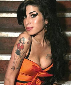 Winehouse's dad faked heart attack to get her off drugs