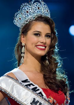 Miss Venezuela crowned Miss Universe 2009