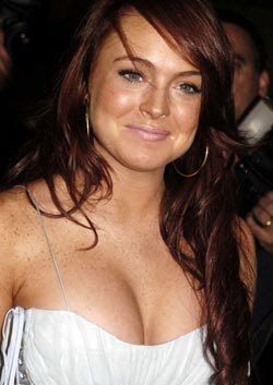 Lindsay Lohan advised to take a dip at Holy Ganges
