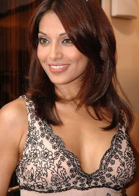 Bipasha Basu launches Bengali entertainment channel