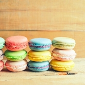 La Patisserie: 12 macarons
