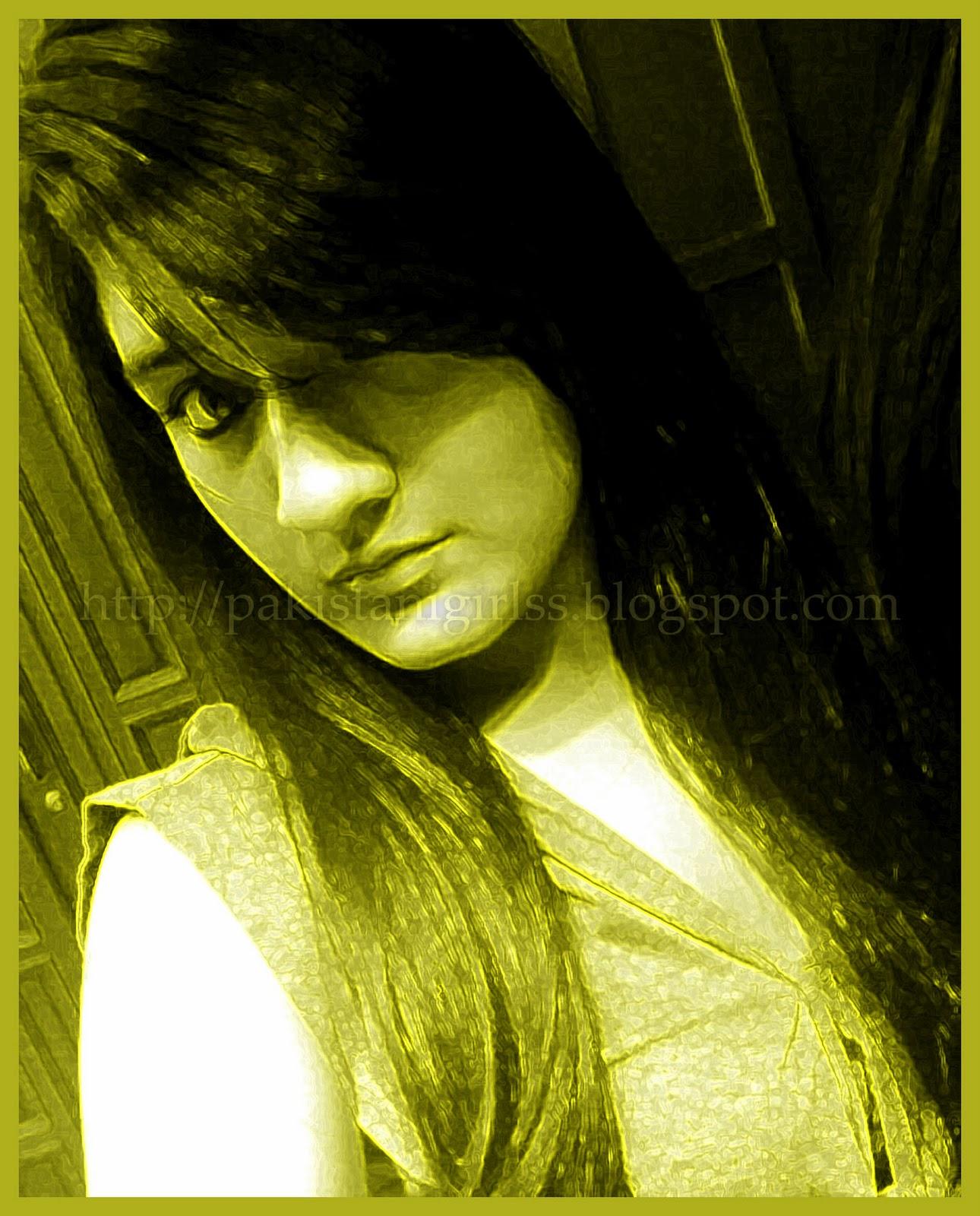 http://1.bp.blogspot.com/_BnJCazT8EBU/TPouYOl1_UI/AAAAAAAAACE/qiksyI2VvBc/s1600/Pakistani+Girl+with+Silky+Hairs.jpg