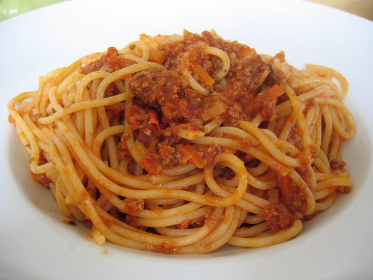 KAKA LEMA ONE: Spaghetti Bolognese