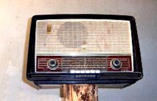 Ahmed Yousef Aqila: Our Old Radio (Short Story)