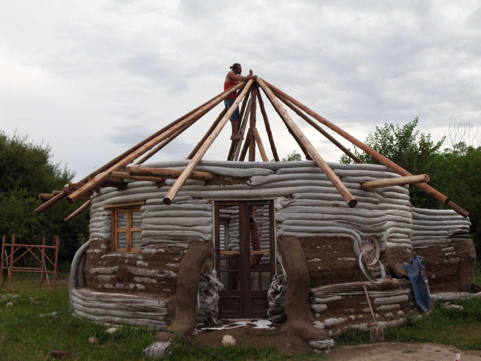 Como construir en superadobe paso a paso for Construccion de casas paso a paso