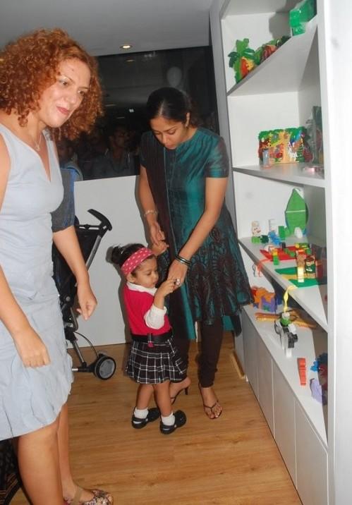 Surya Jyothikas Daughter Diya image gallore