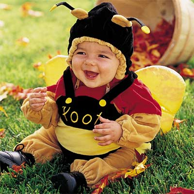 Cute baby like bee dressing picture
