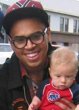 chris brown baby photos 002
