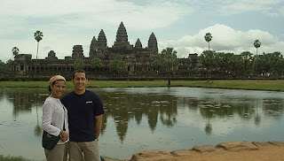Víctor y Mariale en Angkor Wat
