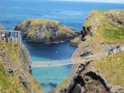 Carrick-a-Rede, el puente colgante en Irlanda del Norte