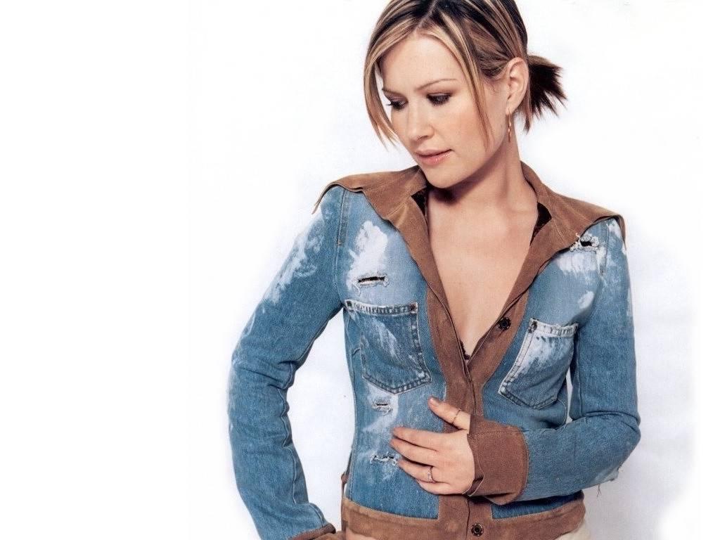 http://1.bp.blogspot.com/_BpAoKRSdVjQ/TMiHDOgCr4I/AAAAAAAACWQ/fGHJjlcaZX4/s1600/Dido-female-singer.JPG