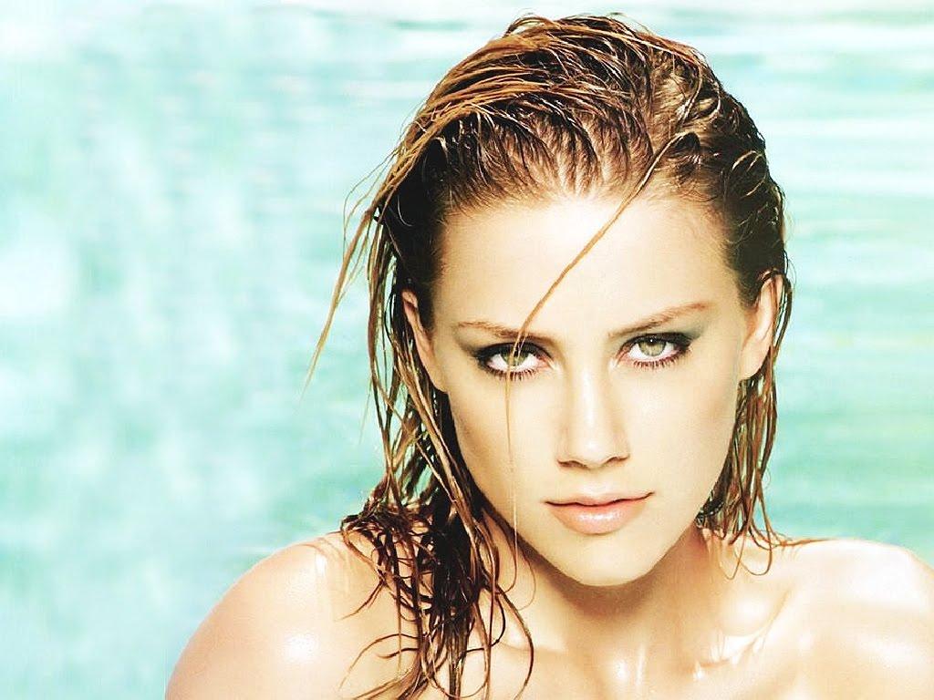 Amber-Heard-hot-actress.jpg Amber Heard