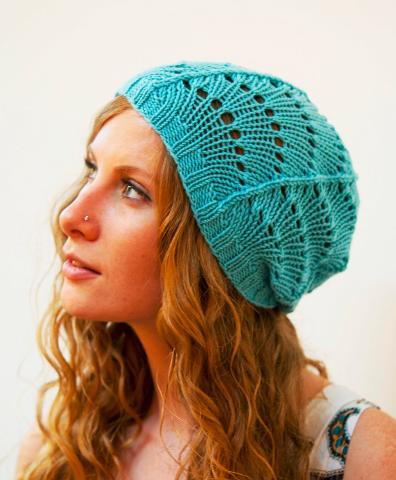 Ruby Submarine: Free Scallop Lace Hat Pattern!