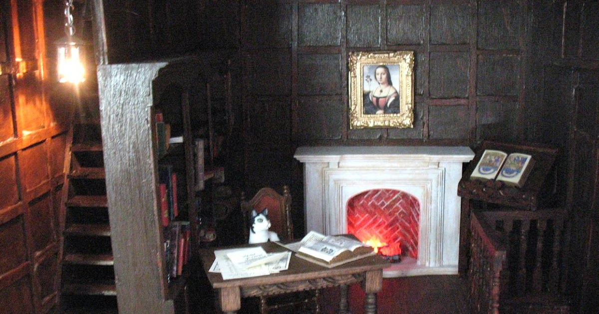 The Tudor Medieval Jacobean Queen Anne Dollhouse Project Castle Library Light In