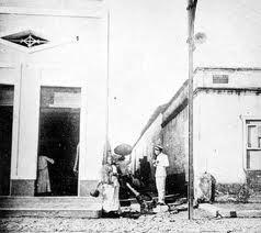 Beco da Lama, início do século XX. Fotografia: Manoel Dantas