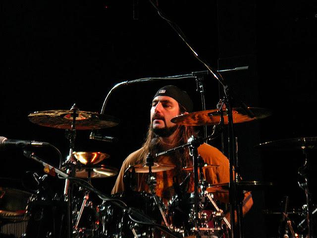 ... 1967 adalah pemain drum amerika terutama dikenal sebagai drummer dan