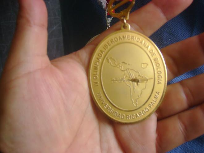 ¡ PERU ES GANADOR DE LA MEDALLA DE ORO EN LA V OLIMPIADA IBEROAMERICANA  DE BIOLOGIA O.I.A.B. 2010!
