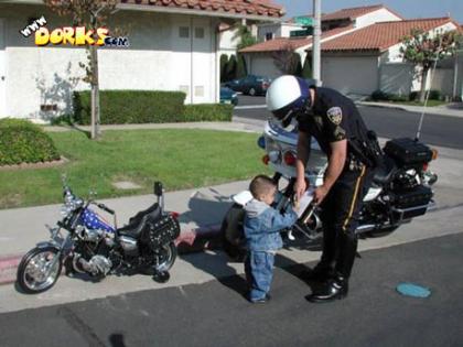 http://1.bp.blogspot.com/_BsNAKF42kwc/TS-OI8y4pLI/AAAAAAAAJD8/p42VSNbmaQE/s1600/Bad-Kids.jpg