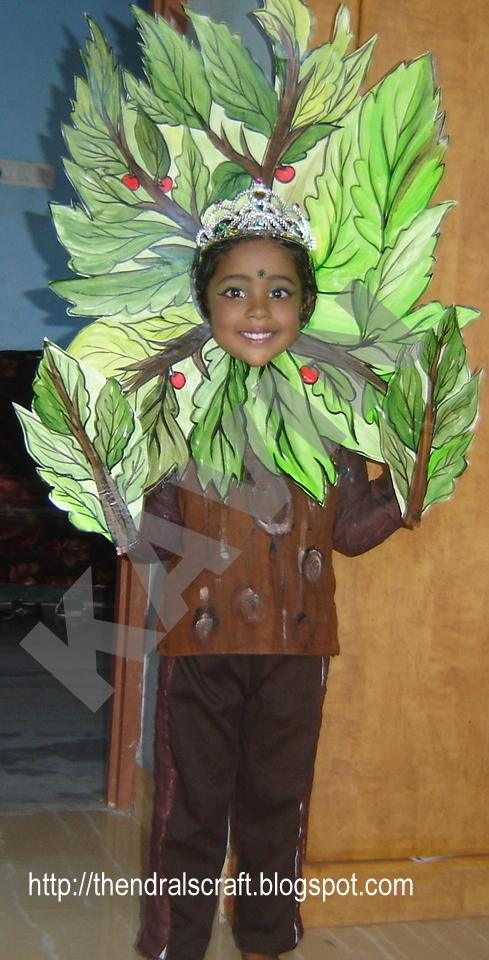 This week they are celebrating childrenu0027s day in my daughteru0027s school. This tree costume is for the fancy dress competition .  sc 1 st  KK Arts and Crafts & KK Arts and Crafts: This little tree is the Queen of the forest