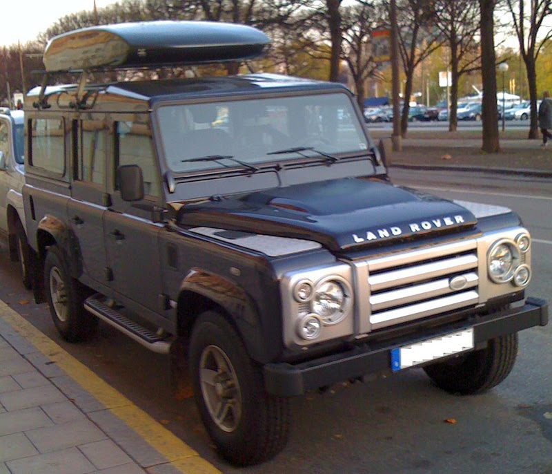 Recommended Photos Collections: Land Rover Defender 110
