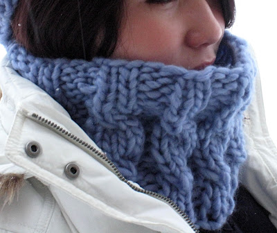 Paulinas Blog: Speedy Cabled Cowl Pattern