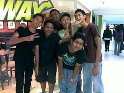 meet them ツ