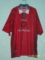 afd944c0bb3 (Top)  1996-1998 Man United Home Jersey (XXL) (Bottom)  1996-1998 Man  United Home Socks (L)