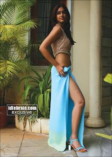 Ebony busty stockings porn