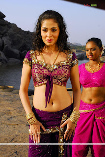"LATEST SADA ""HOT""  NAVEL STILLS"