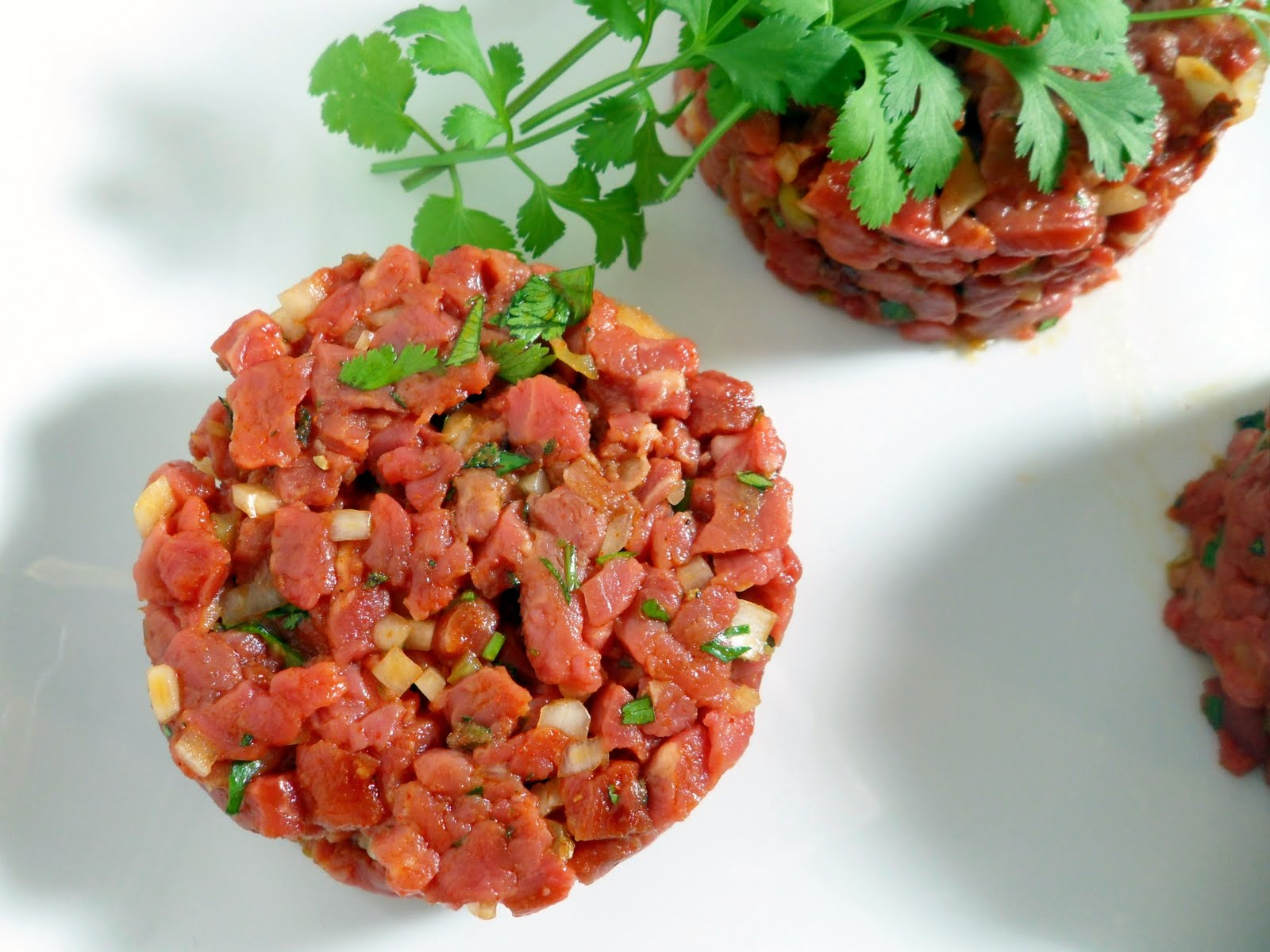 Steak Tartare Images & Pictures - Becuo