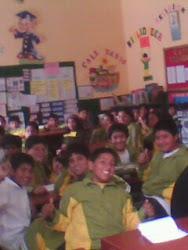 Elecciones 2010 - Alumnos durante la charla de capacitación