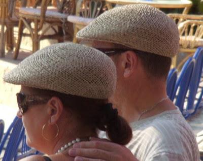 couple bérets