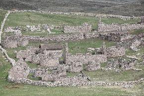Complejo arqueológico de Kanamarca restaurado por el INC-Cusco