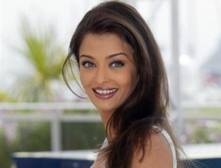 Aishwarya Rai Latest Hairstyles, Long Hairstyle 2011, Hairstyle 2011, New Long Hairstyle 2011, Celebrity Long Hairstyles 2015