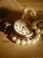 """""""Ceea ce nu trăim la timp, nu mai trăim niciodată."""" Octavian Paler"""