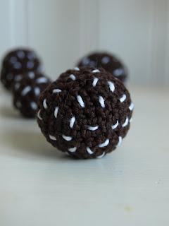Virkad chokladboll