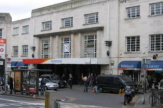Richmond_Station%252C_Richmond%252C_Surrey.jpg