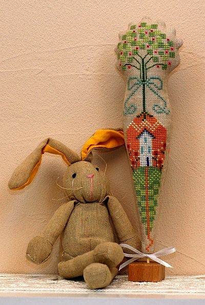 Found This Adorable Carrot Cross Stitch Freebie From The Cricket