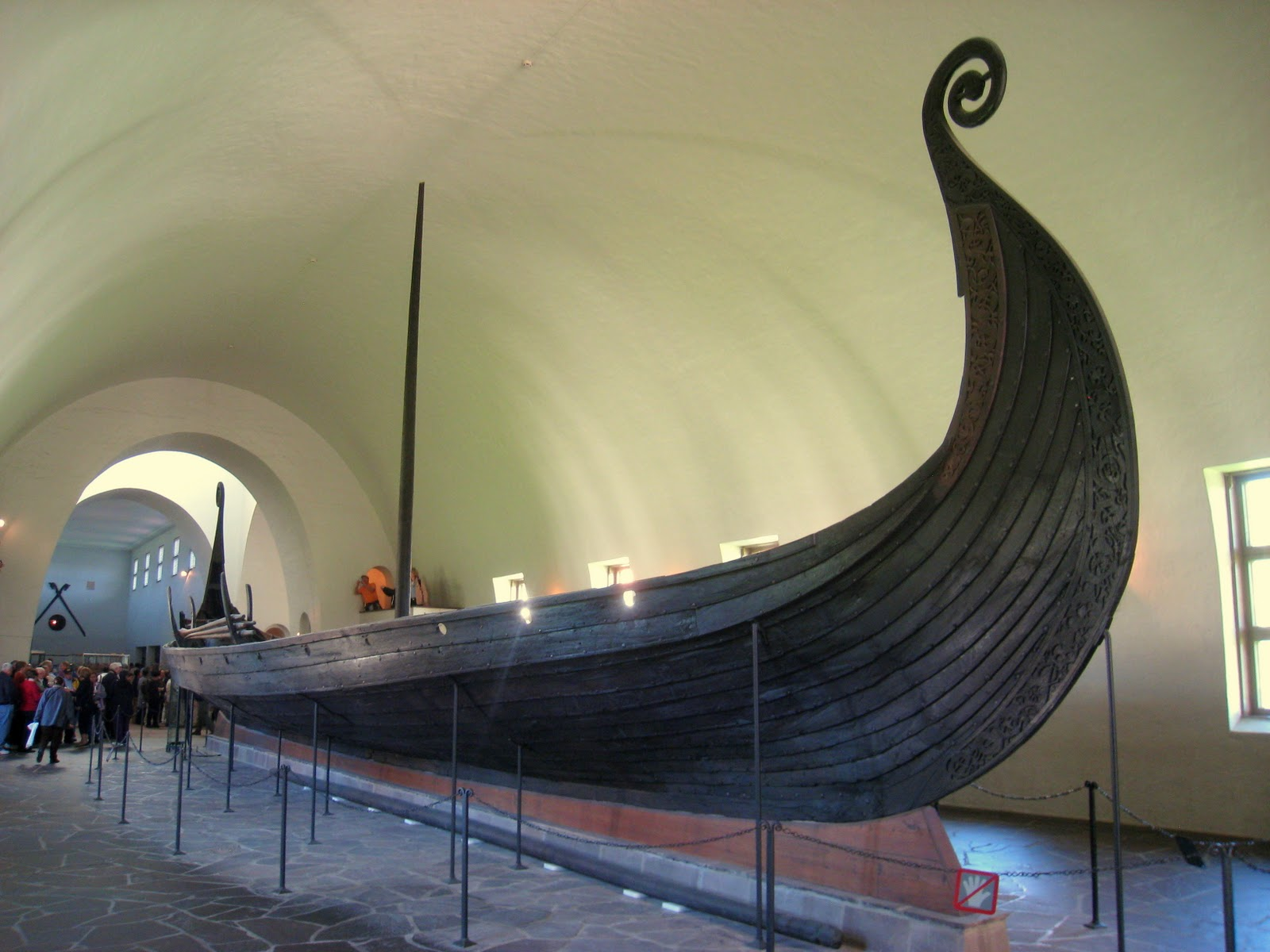 how to make a viking funeral boat for a pet
